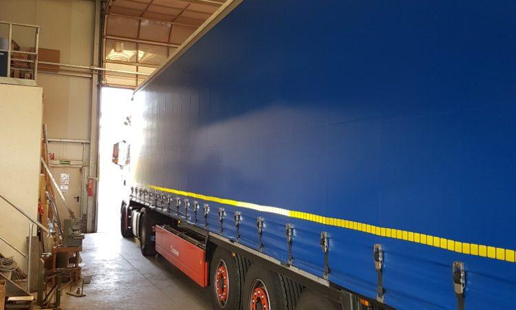 18 Tonnen Material in die Schweiz